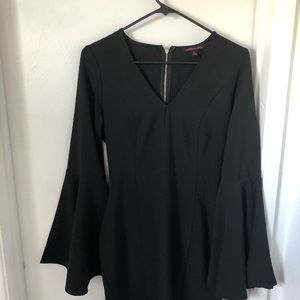 Dress with flared sleeve by Material Girl - Size M